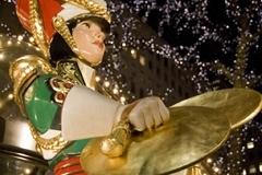 Web_SK_NYnighttime_Christmas_3606